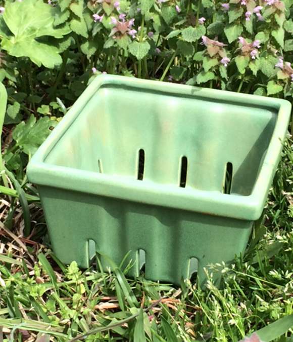 Market-Stand Ceramic Berry Boxes - Celadon Green